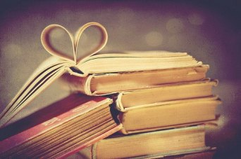 books-cute-heart-love-photography-favim-com-429445